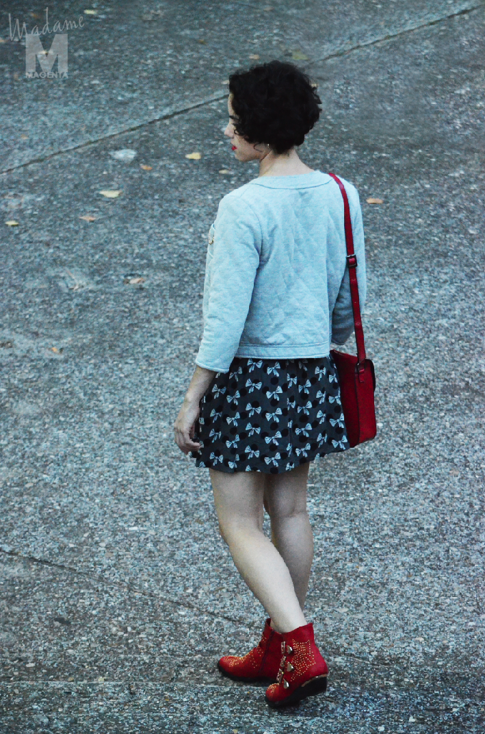 Libertad Pertierra botines rojos red suzanne chloe vestido dress zara misako satchel bag bolso 3